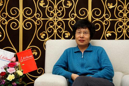 访谈:实事求是评价毛泽东功与过