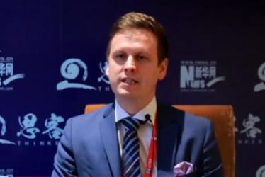 爱东  芬兰驻华大使馆科技参赞               爱东畅谈了对中国式创新的看法,并展望了未来中芬两国在科技创新方面的交流与合作。