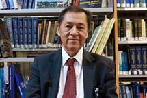 塞韦里诺・卡布拉尔 巴西中国和亚太问题研究所所长               中国的发展牵动世界,其内外政策走向将对世界产生深刻影响。